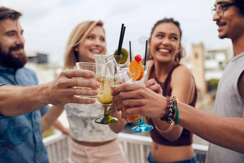 friends drinking cocktails