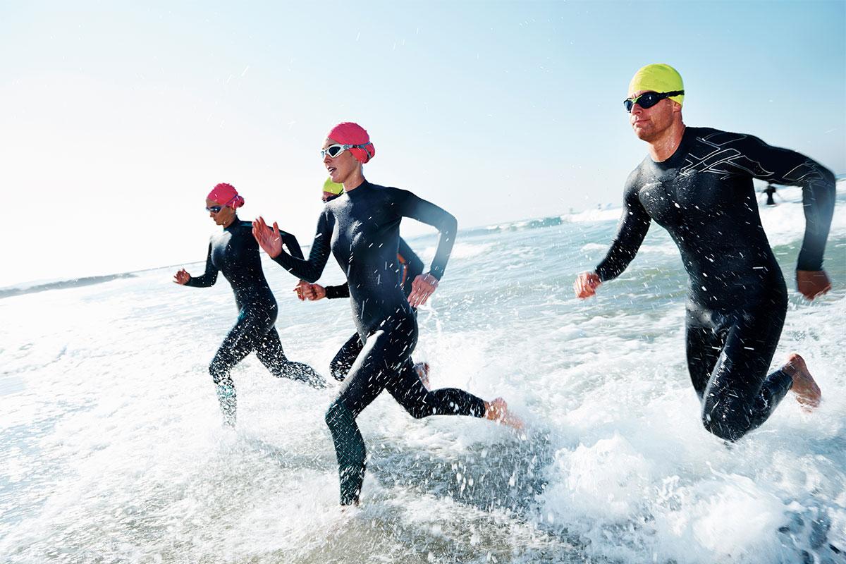multisport-athletes-running