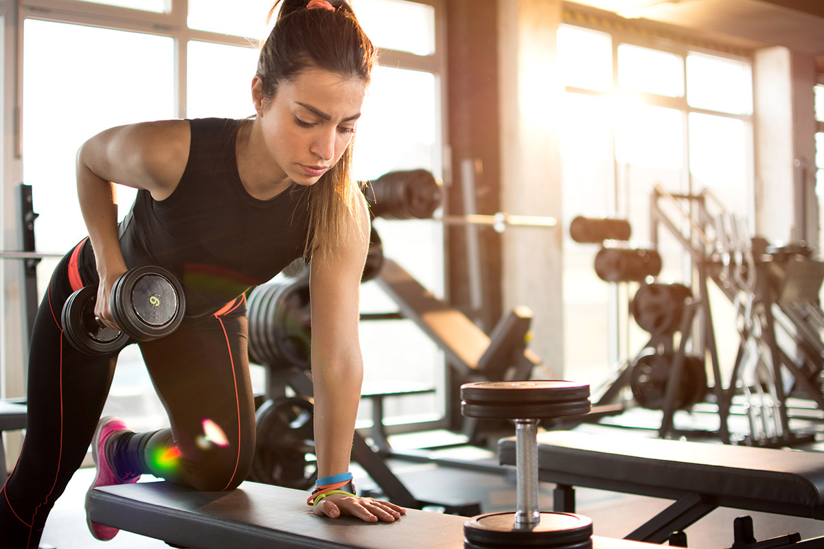 woman lifting right amount of weight