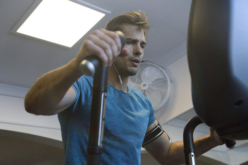 man fits in lunchtime workouts