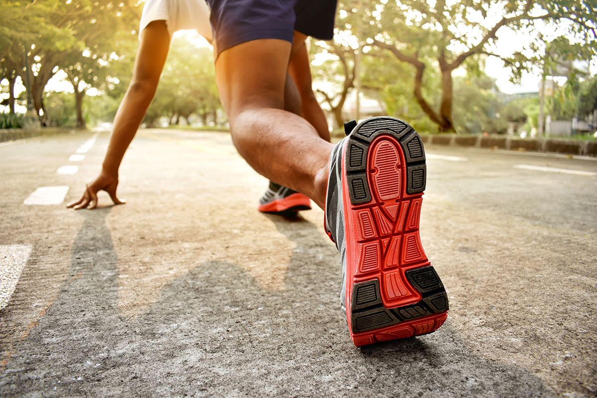 man sets running goals