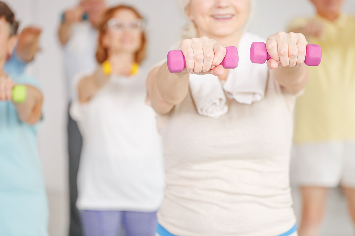 older adults do workout routine over 65