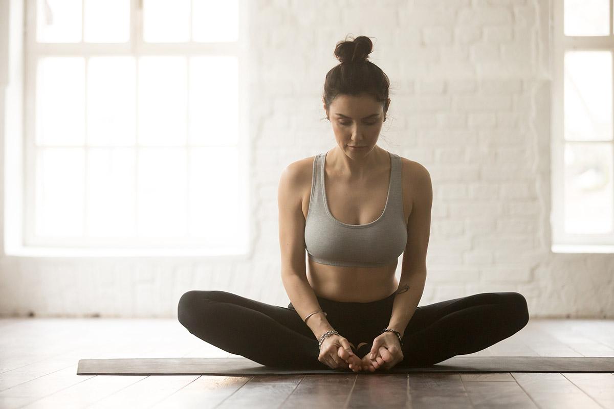 Resultado de imagem para postura yoga